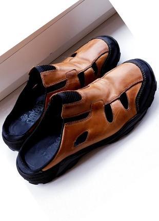 Кожаные шлепанцы-сандалии rieker.