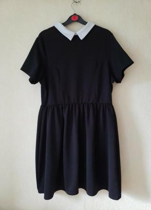 Стречевое текстурированное платье с белым воротничком new look  18-20 uk