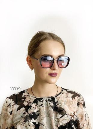 Стильные солнцезащитные очки к.11199