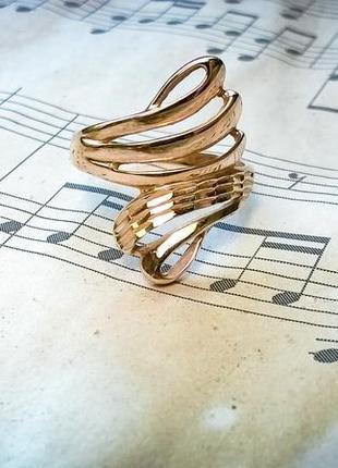 Кольцо с насечками кружевное золото 18 размер перстень ювелирный дом