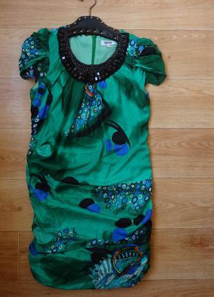 Moschino оригинал , красивое шелковое платье 36 размера