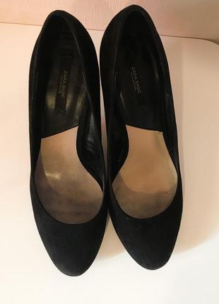 Чёрные туфли zara