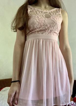 Летнее платье розовое