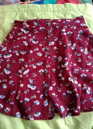 Можная легкая юбка трапеция на пуговицах вискоза