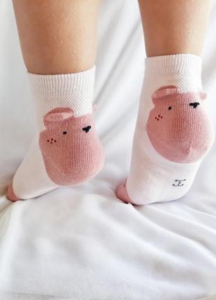 Шкарпетки з ведмедиками на п'ятках
