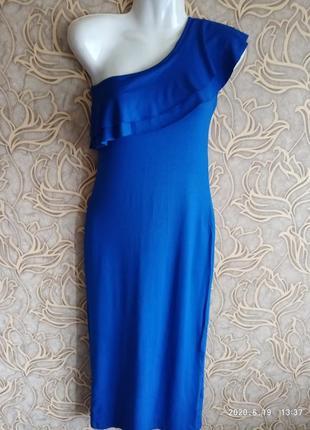 Отличное женское платье с рюшей larionoff