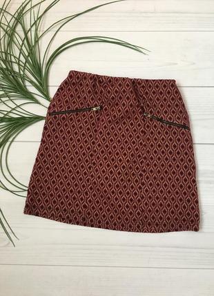 Бордовая красивая юбочка