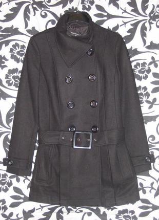 Пальто с заниженной линией талии