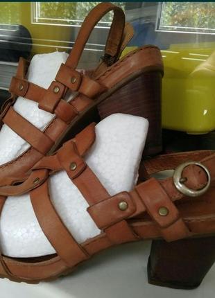 Кожаные босоножки сандалии timberland оригинал 38