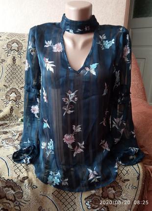 Блузка с чокером и интересным руквом