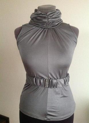 Красивая нарядная блуза стального серебряного цвета камушки сваровски на поясе. италия