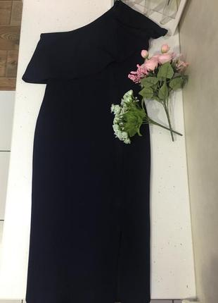 Платье на одно плечо.missguided
