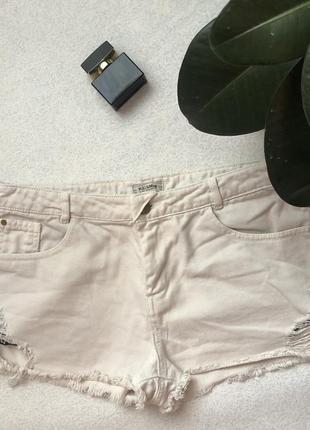"""Белые джинсовые шорты """"pull&bear"""""""