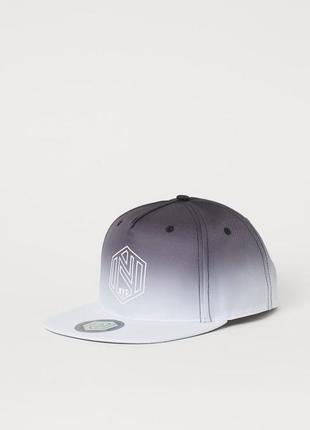 Стильная кепка, бейсболка