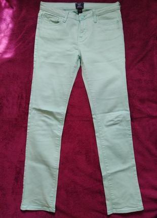 Срочная распродажа!!! супер качественные салатовые  джинсы 40-42р