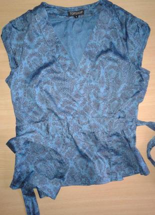 Яркая хлопковая блуза на запах с цветочным принтом topshop