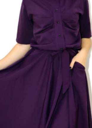 Очень красивое платье с поясом 👍 лёгкое летний период миди- s