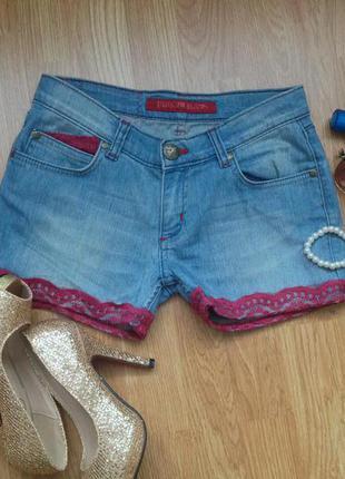 Junker jeans джинсовые шортики с ажуром  - как новые