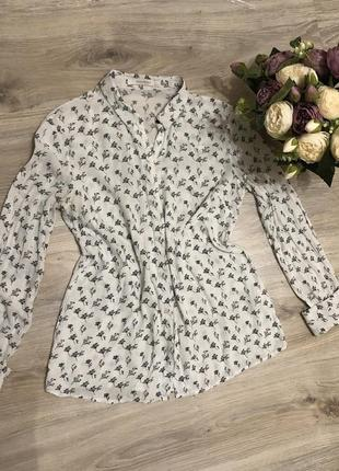 Блуза с манжетами