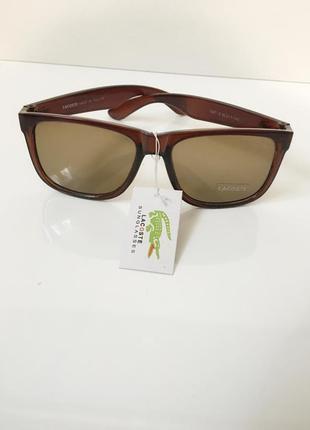 Сонцезахисні очки lacoste