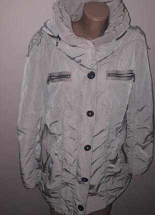 Куртка отличного качества betty barclay