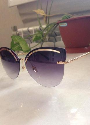 Очень изысканные солнцезащитные очки