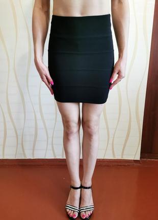 Черная мини юбка под бандаж сток размер s