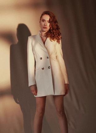 Платье-пиджак белое