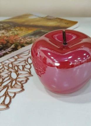 Керамическое яблоко