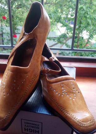 Новые симпатичные туфельки с пряжкой для девочки, искусственный замш+кожа