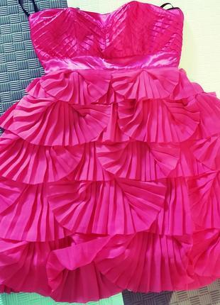 Короткое котейльное платье lipsy, бэби-долл