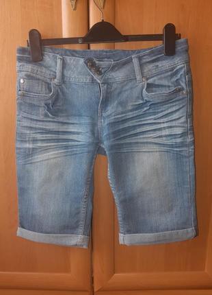 Джинсовые шорты/бриджи с заворотом