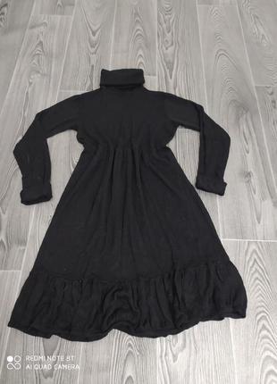 Повседневное черное платье из вискозы