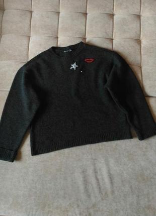 Тёплый, пушистый свитер bershka размер l-xl