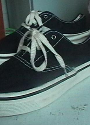 Слипоны - кеды  на  шнурках  тёмно-синие