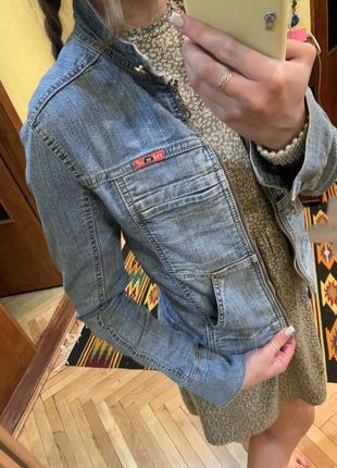 Куртка джинсовая на молнии