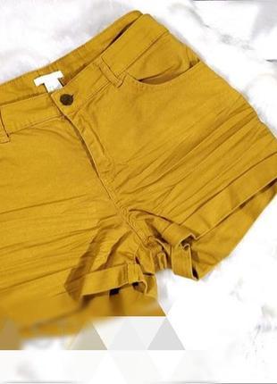 Фирменные короткие шорты от h&m
