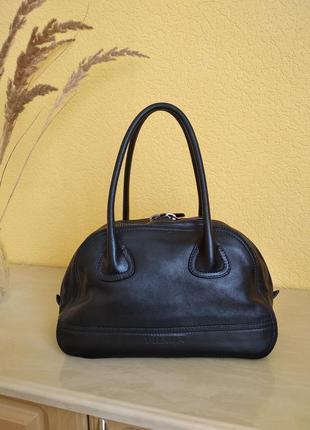 Шкіряна сумка prada
