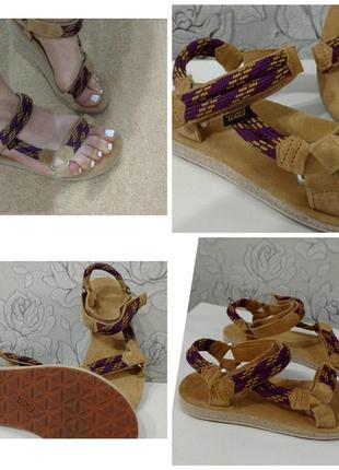 Босоніжки сандалі босоножки