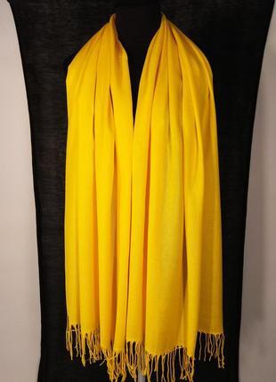 Жёлтый яркий шарф палантин летний тонкий легкий лето 2020 однотонный