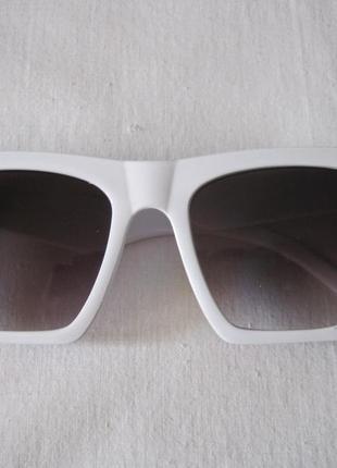 24 стильные солнцезащитные очки