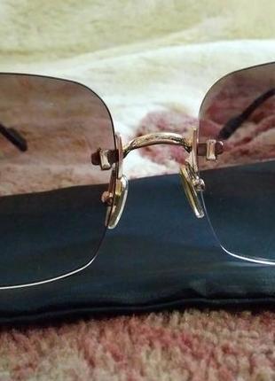 Безоправние солнцезащитние квадратние очки