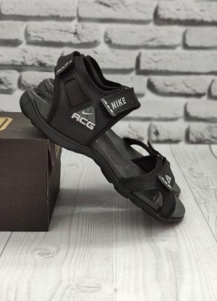 Мужские сандалии черные