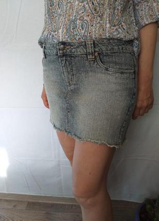Стрейчевая, джинсовая, юбка.
