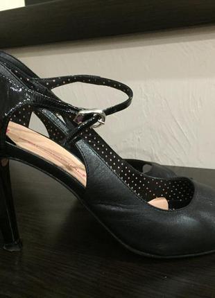 Туфли fornarina3