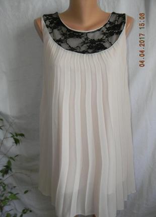 Нежное платье с кружевом atmosphere