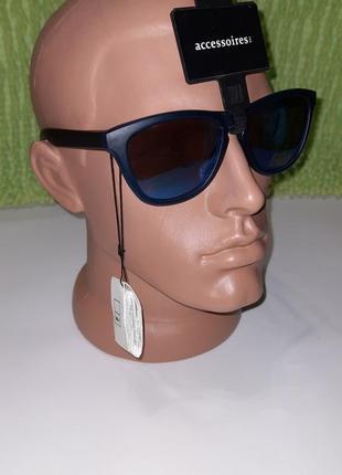 Солнцезазщитные очки c&a