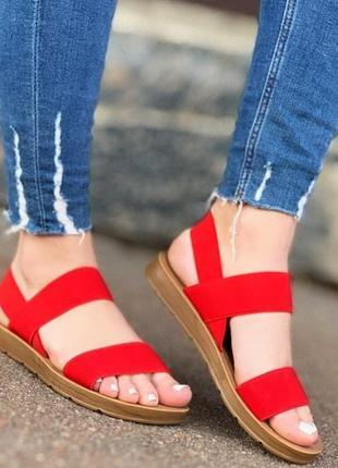 Красные резинки босоножки сандали шлепки шлепанцы