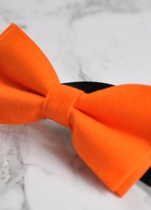 Оранжевая бабочка, галстук