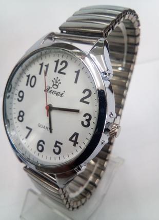 Мужские наручные часы xwei на браслете-резинке